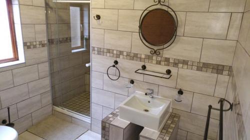 Guestfarm Room 1 Bathroom