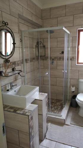 Guestfarm Room 4 Bathroom