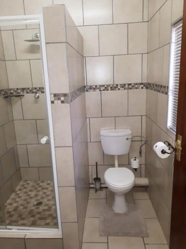 Guesthouse Room 2 Bathroom