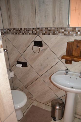 Guesthouse Room 7 Bathroom